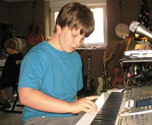 Keyboard spielen lernen, Keyboard lernen, Keyboardunterricht Münster,Keyboardlehrer,