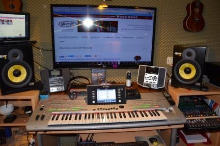 a NEWS 2016 musikschule muenster musikschulen muenster privater musikunterricht muenster motet 300x200 1 - Keyboardschule für Kinder, Jugendliche und Erwachsene in Münster