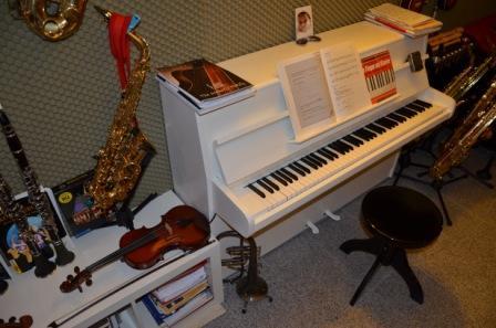 Keyboardschule Münster, Klavierschule Tonstudio. Langjährig erfahrener Musiklehrer und Produzent erteilt Keyboard - und Klavierunterricht in Münster.