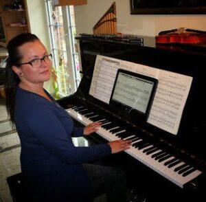Julia Luter -Klavierunterricht / Keyboardunterricht