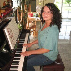 k Lehrer2 Klavierunterricht in muenster keyboardschule keyboard lernen keyboard spielen lernen keyboardlehrer 300x300 - klavier lernen münster